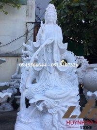 Tượng Phật Bà Quan Âm đứng rồng bằng đá