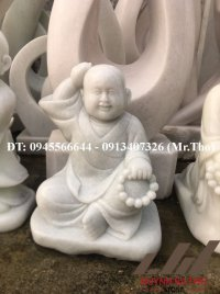 Tượng Chú Tiểu ngồi bằng đá